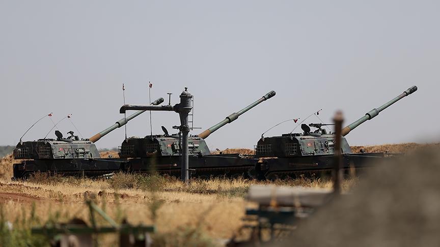 صورة الجيش التركي يستهدف بالمدفعية الوحدات الكردية بريف حلب