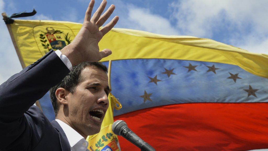 صورة روسيا تتهم واشنطن وأوروبا بتدبير انقلاب فنزويلا
