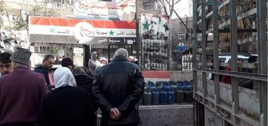 صورة مسؤول بنظام الأسد: لا نملك أي مخزون من الغاز والمازوت منذ شهرين