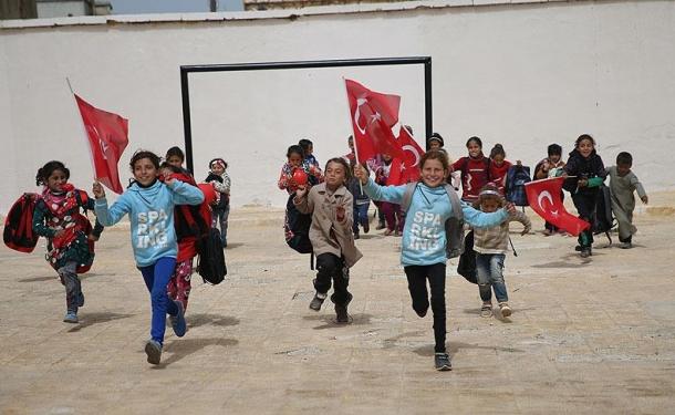صورة مدرّسون سوريون: سنعلّم التركية لأبناء عفرين
