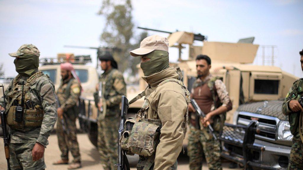 صورة مقاتلو تنظيم الدولة داخل جيبه الأخير..انقسام ما بين قتال أو استسلام