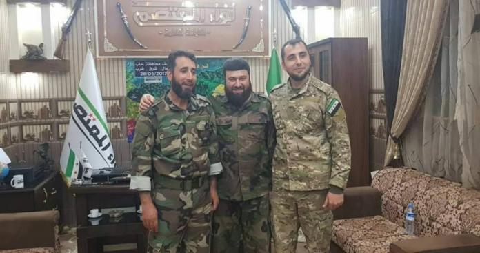 صورة بعد اقتتال مرير خلف مئات القتلى بينهما.. جيش الإسلام وفيلق الرحمن تحت راية واحدة