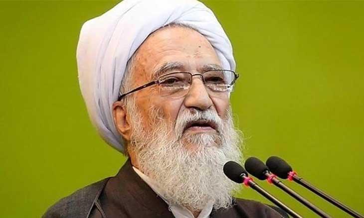 """صورة خطيب طهران: """"تلغرام"""" حرام شرعاً ويهدد الوحدة الوطنية!"""