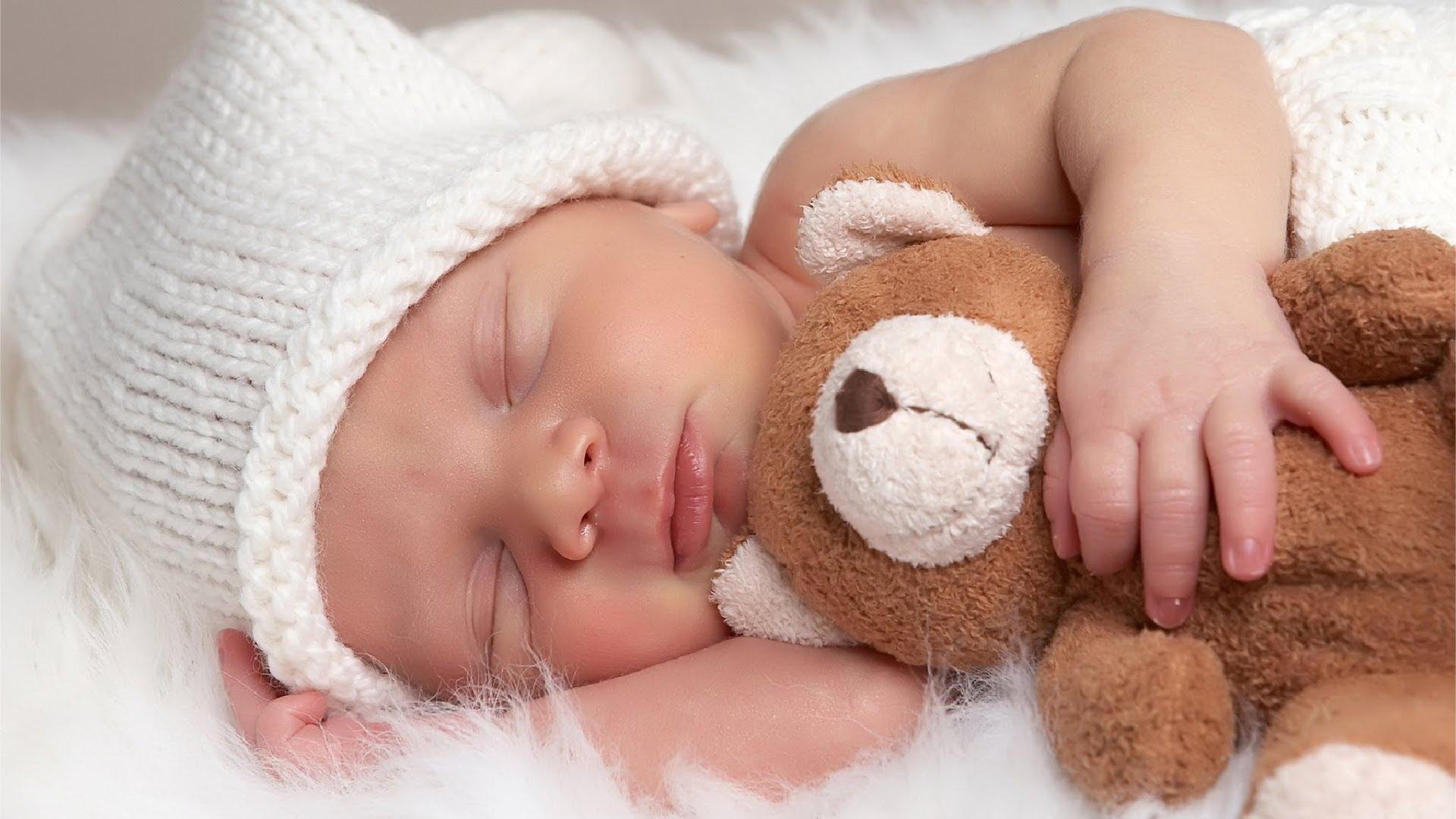 صورة خطوات هامة لمساعدة طفلك على النوم ليلاً