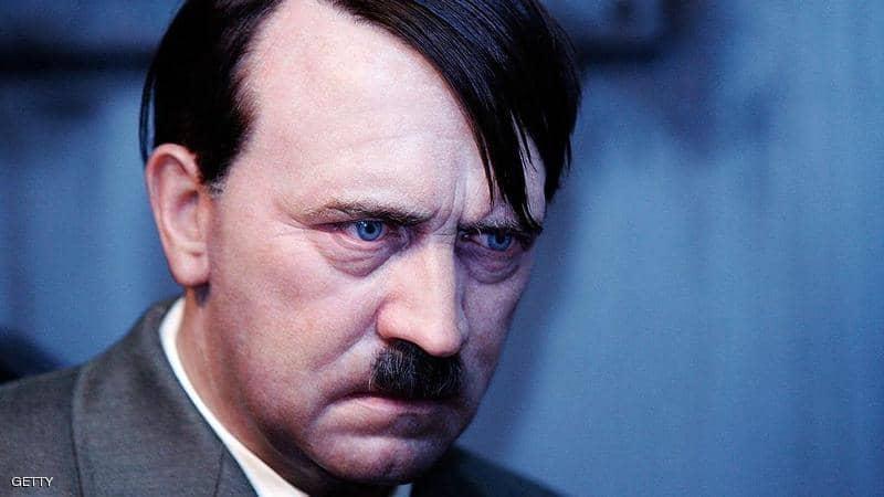 """صورة هل فعلاً """"أدولف هتلر"""" موجود في الأرجنتين؟"""