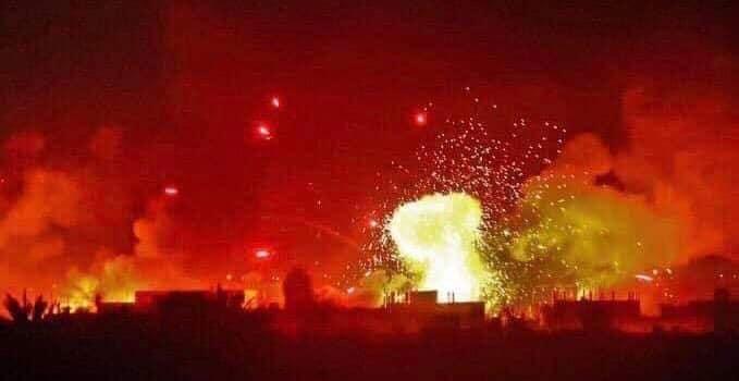 صورة النظام السوري يهاجم إدلب بـ 40 قنبلة فوسفور حارق