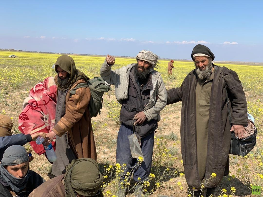 """صورة واشنطن: عناصر تنظيم الدولة """"لم يتوبوا"""" رغم استسلامهم.. ومستعدون للقتال مجدداً"""