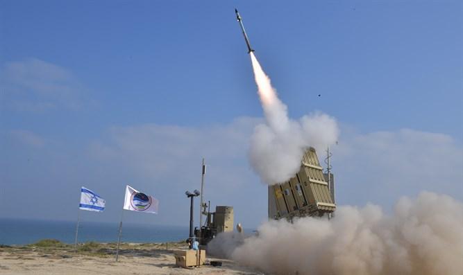 صورة هجومان متزامنان على الجولان وقطاع غزة