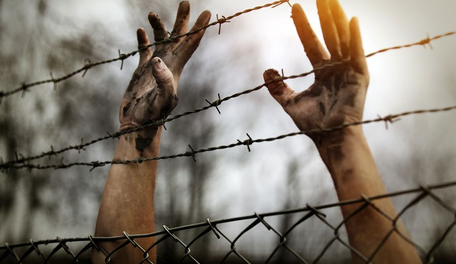 صورة منها بتر الأعضاء التناسلية..مخابرات الأسد تستخدم العنف الجنسي ضد المعتقلين
