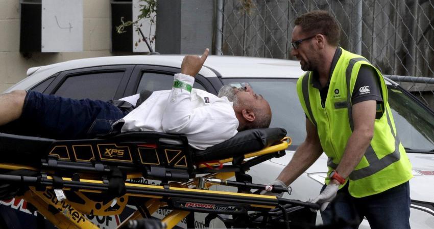 """صورة مذبحة المسجدين..وفاة """"رافع السبابة"""" متأثراً بجراحه"""