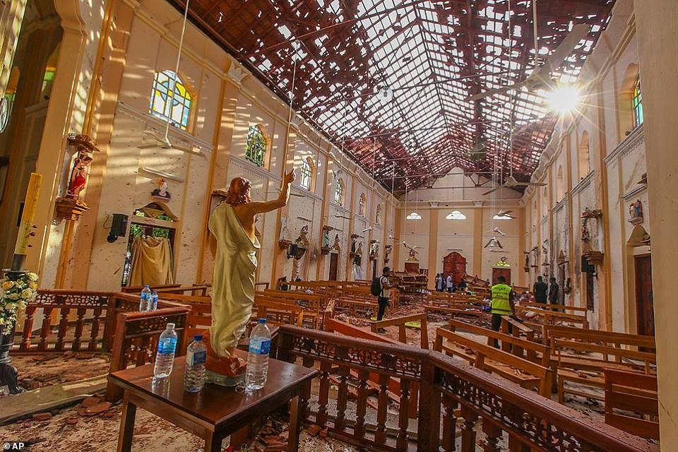 صورة طوارئ وحداد واتهامات.. سريلانكا تلملم جراحها