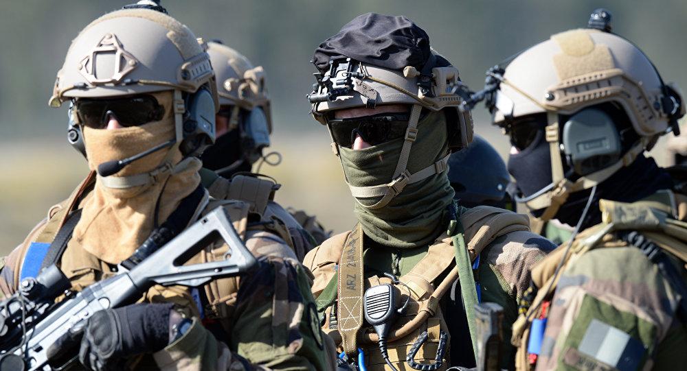 صورة على بعد 140 كم فقط ..فرنسا ترسل جيشها إلى الحدود الروسية