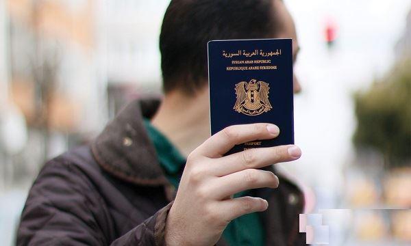 صورة الأسد يبيع السوريين 4 آلاف جواز سفر يوميا.. ويجني 2 مليار دولار!