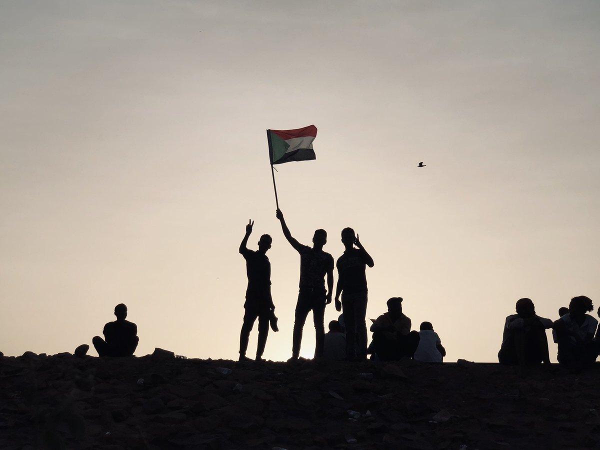 صورة السودان.. استقالة رئيس جهاز المخابرات