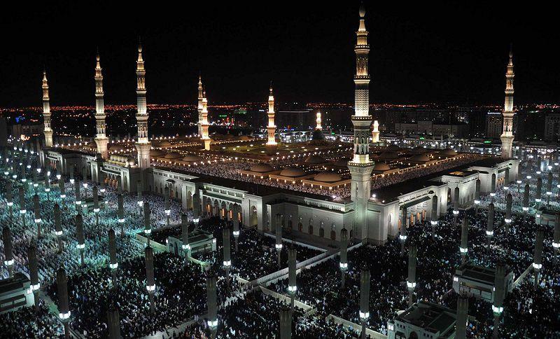 صورة السعودية مطالب بإيقاف مكبرات المساجد