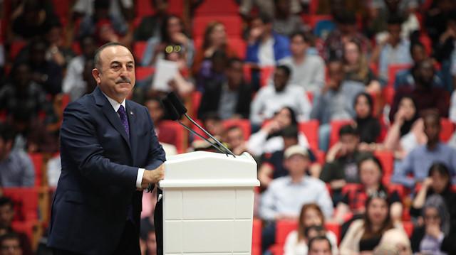 صورة تشاووش أوغلو: تركيا لاعب أساسي في حل الأزمة السورية