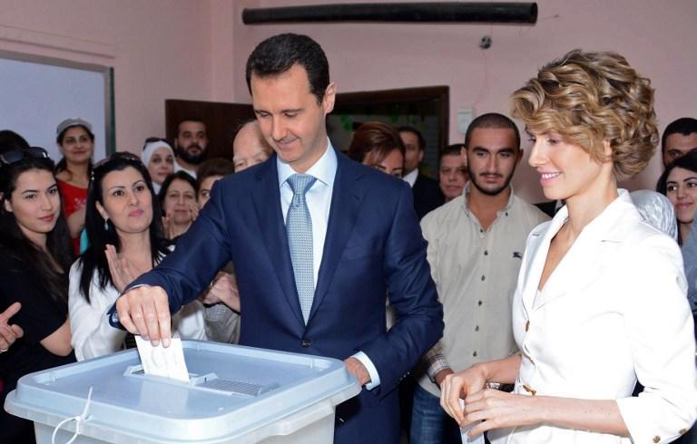 صورة بشار الأسد.. أولى المؤامرات على سوريا