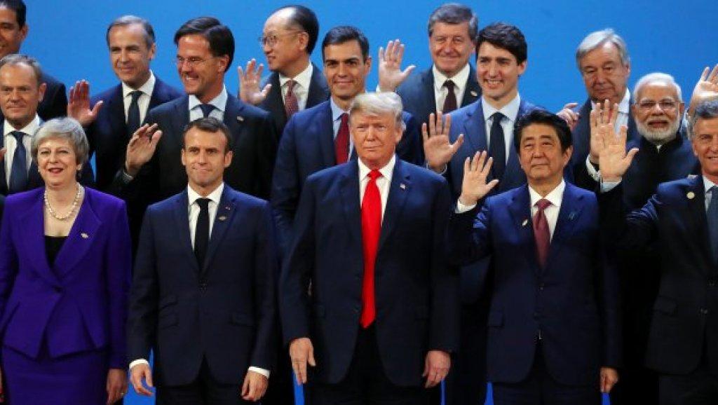 صورة اليابان تبحر بين «الصعود» الصيني و«الحمائية» الأميركية
