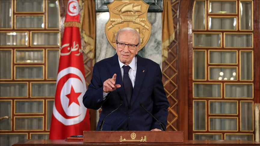 صورة مستشار رئيس تونس ينفي وفاته