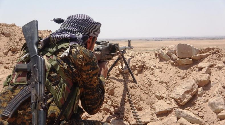 """صورة انهيار """"قسد"""" وصعود """"داعش"""".. مجلة أمريكية تتحدث عن سيناريو مخيف في سوريا"""