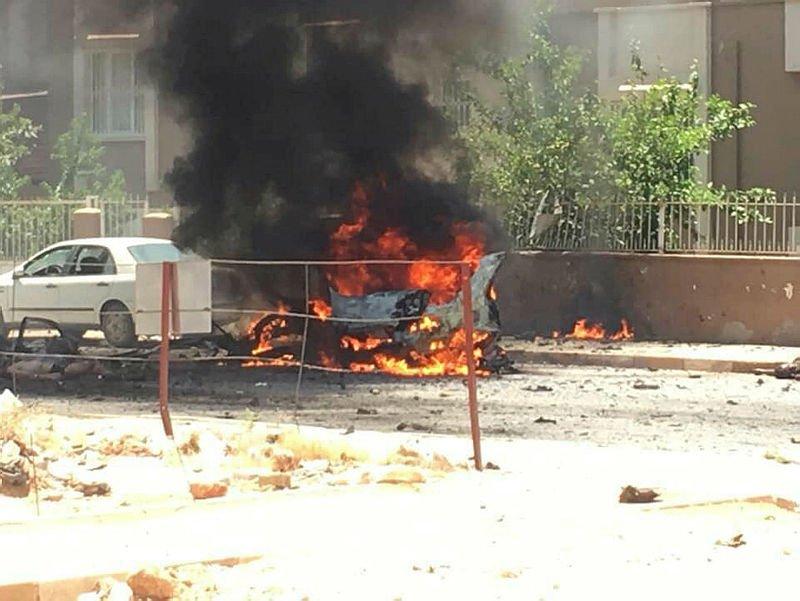 """صورة مقـ.ـتل ثلاثة سوريين جراء انفجار سيارة في """"ريحانلي"""" التركية"""