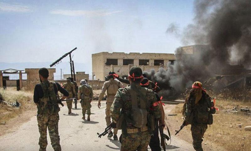 """صورة بعد عشرات المحاولات منذ 2012.. المعارضة السورية تسيطر على تل """"الحماميات"""" بريف حماة"""