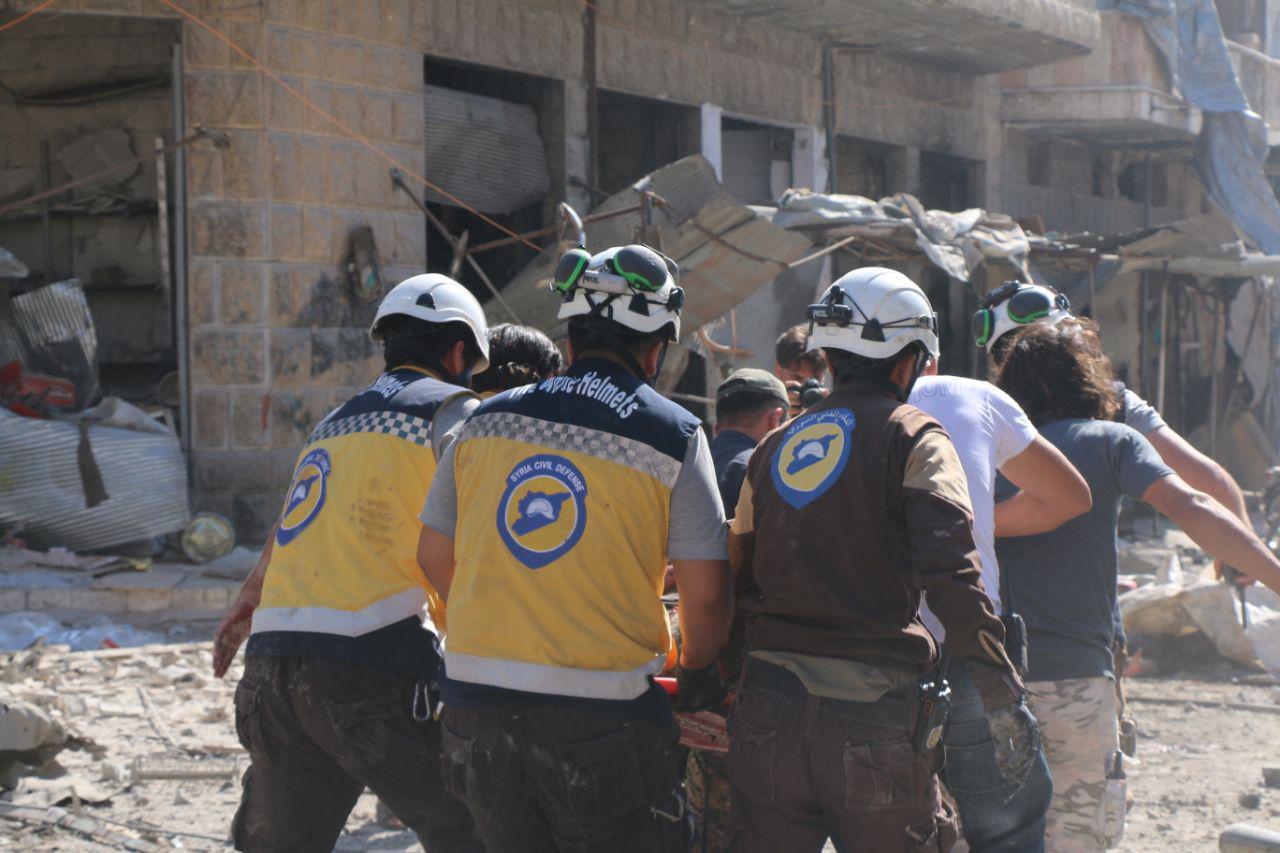 """صورة روسيا والأسد يتبعان سياسية الأرض المحروقة بـ""""خان شيخون"""".. والضحايا بالعشرات"""