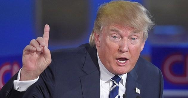 صورة ترامب يفتح النار على معارضيه ويطالب بعزلهم