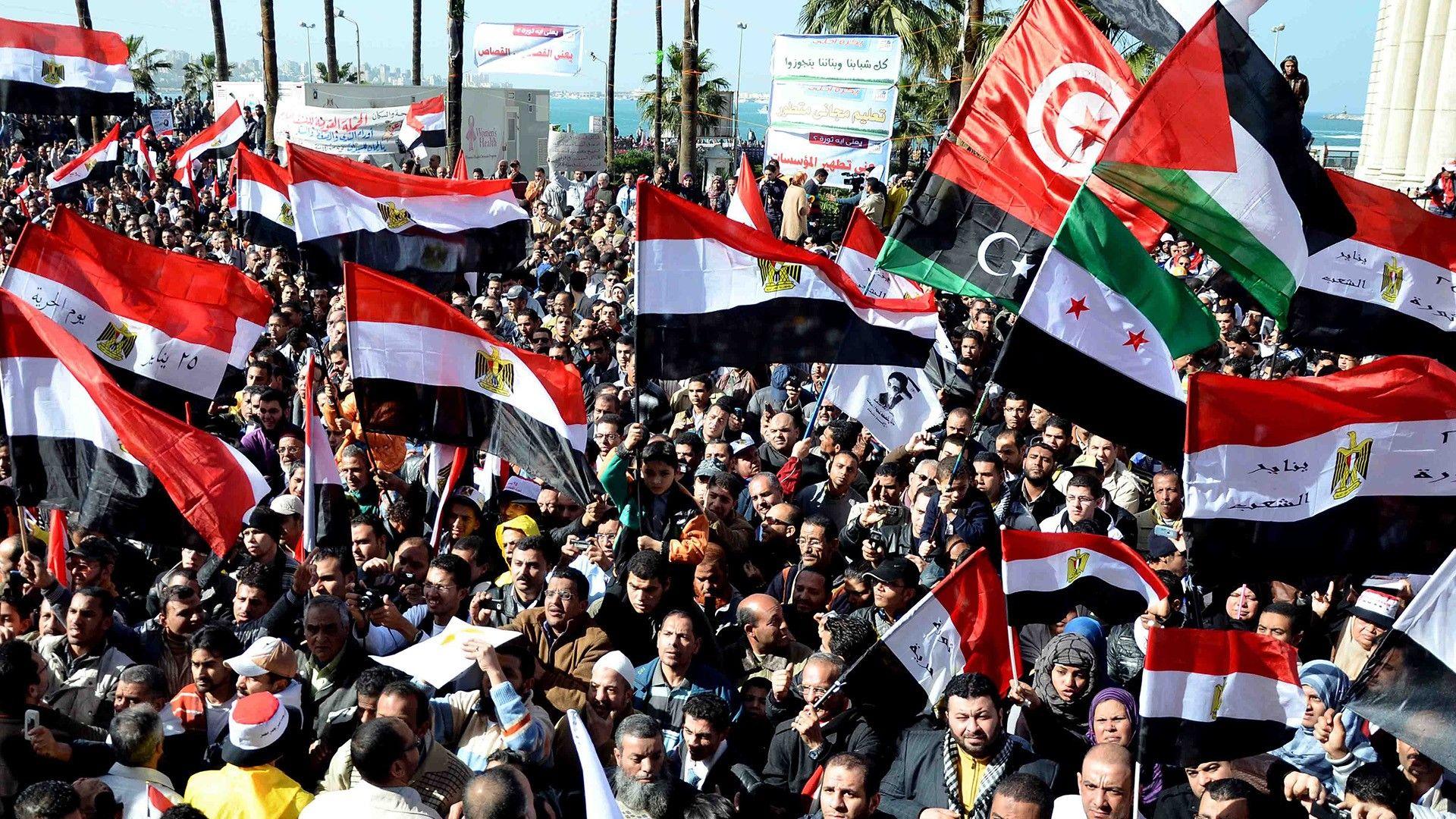 """صورة ترامب لبلدان الربيع العربي: أقف مع حكامكم """"الطغاة"""".. لا معكم!"""