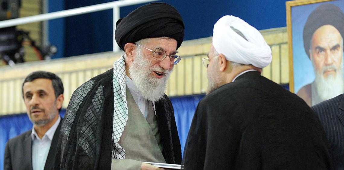 """صورة برفسور تركي: أيام النظام الإيراني باتت """"معدودة""""!"""