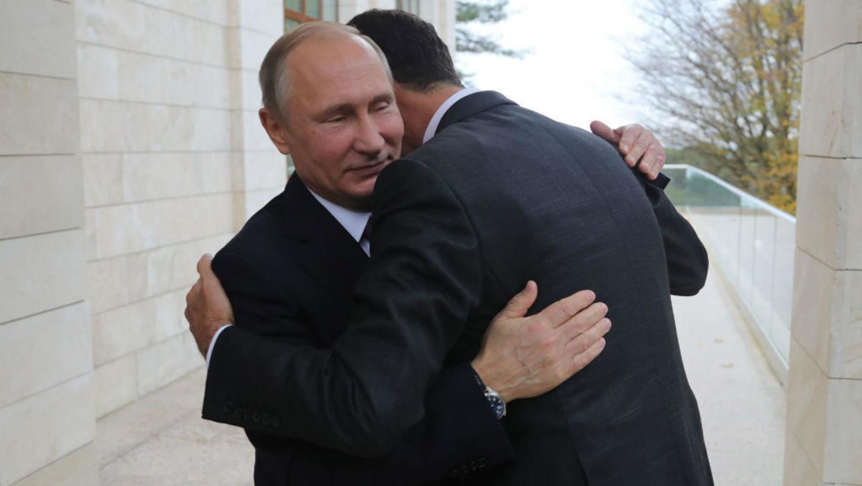 """صورة بشار الأسد: تنازلت لـ """"بوتين"""" عن سورية.. ولن أتراجع"""