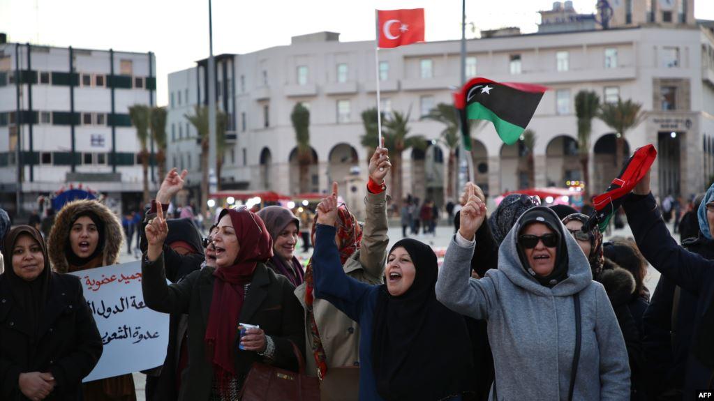 صورة بوادر حرب سعودية- تركية في ليبيا.. وترامب يحذر أردوغان