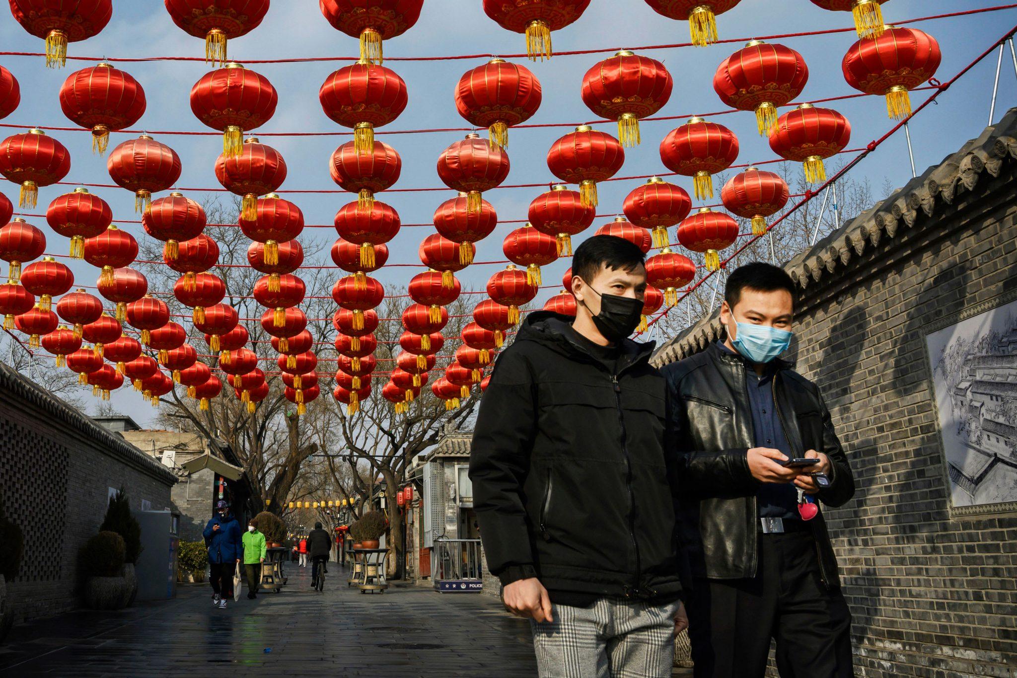 صورة 3 ملايين مصاب حول العالم.. قيود صينية.. وأوروبا تحاول العودة للحياة