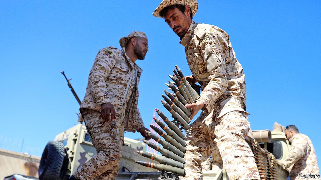 صورة الهزائم تنتقل من حفتر إلى جيش الإمارات