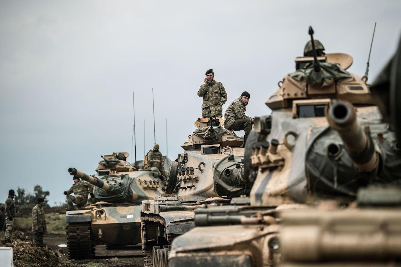 """صورة ماذا يجري؟.. أمريكا تصف حفتر بـ """"الإرهابي"""".. وتدعم الجيش التركي في ليبيا!- شاهد"""