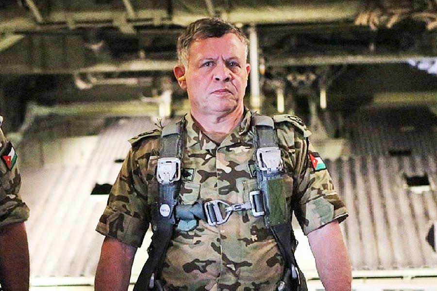 صورة ملك الأردن يحذر إسرائيل