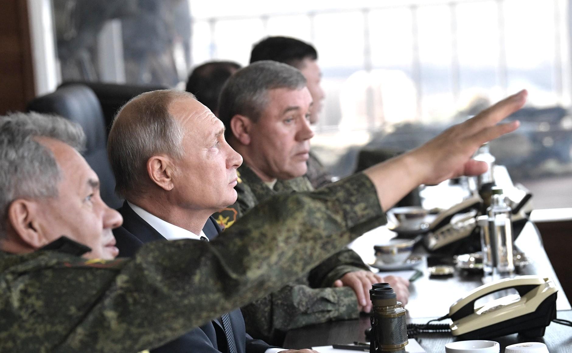 صورة روسيا تلوح بالحرب على إدلب.. تصريحات رسمية