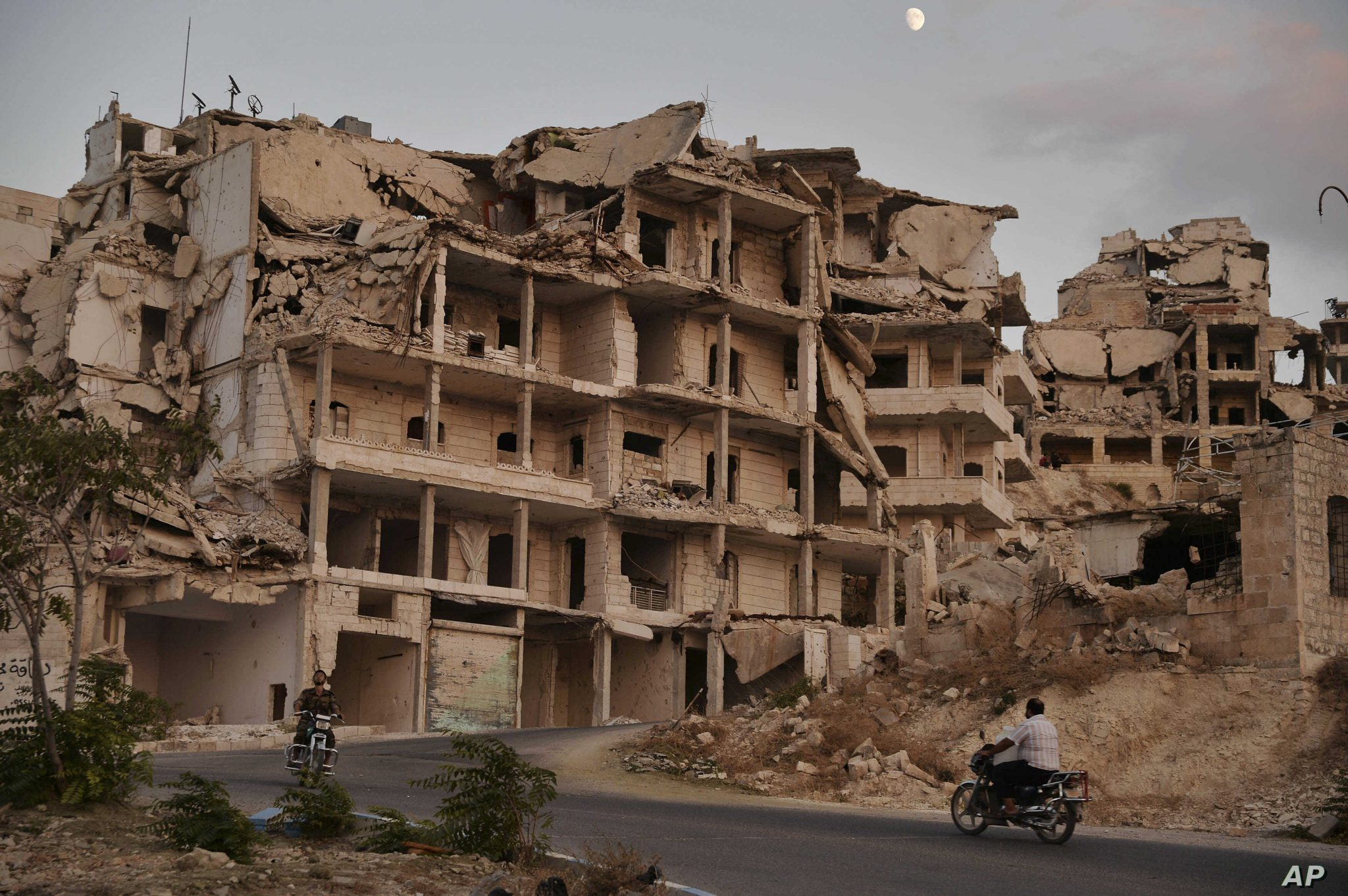 صورة بتوجيهات من أردوغان: تركيا تبني 50 ألف منزل شمالي سوريا