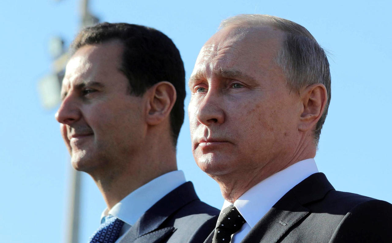 """صورة ترامب حطم """"الأسد"""".. وبدأ بإغراق بوتين في سوريا- تفاصيل"""