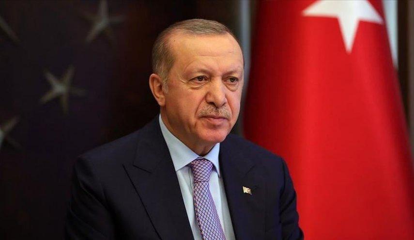 صورة أردوغان يعترض اتفاقية للسيسي.. لن نتوقف