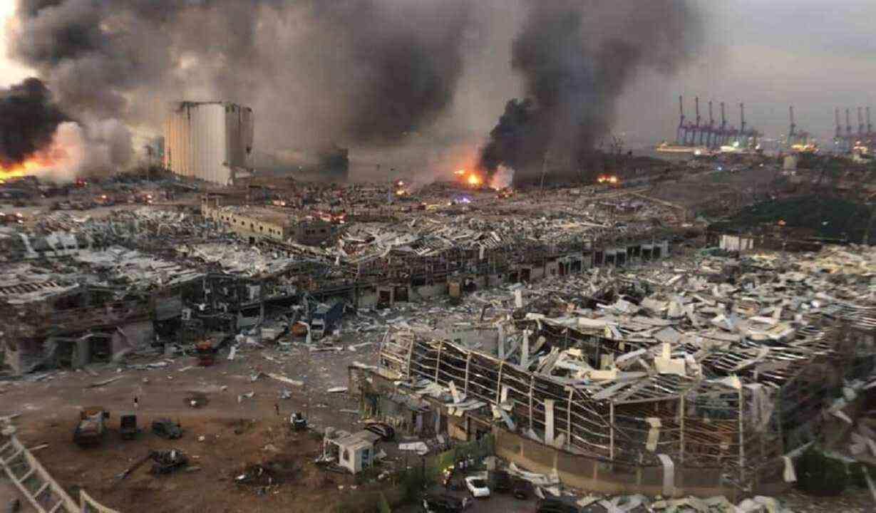 صورة الأسد متورط بتفجيرات بيروت.. دار الفتوى اللبنانية تلمح لذلك