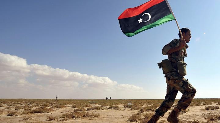 """صورة لا مكان لـ """"حفتر"""".. إعلان من طرابلس واستنفار في بنغازي"""