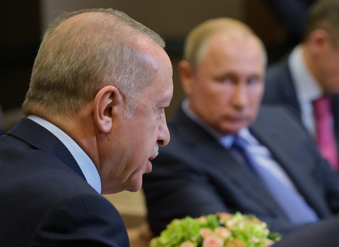 صورة أردوغان يستطيع محاصرة الجيش الروسي في سوريا