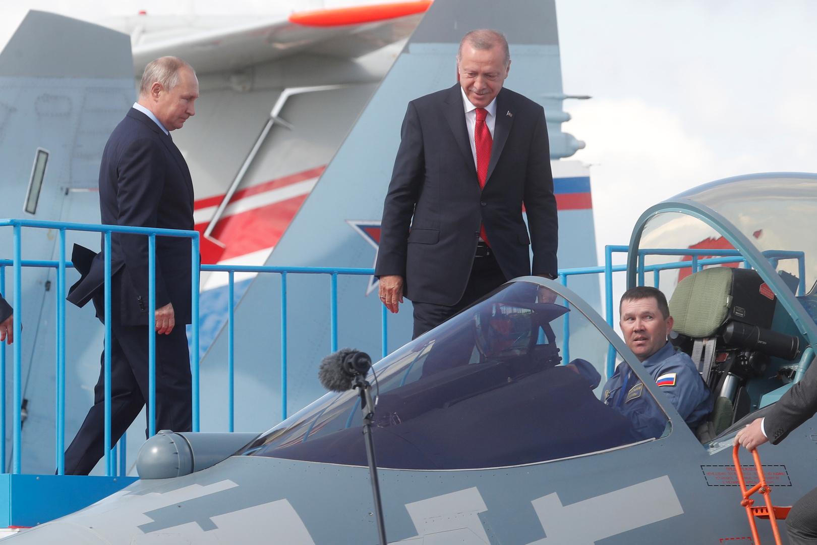 """صورة ماكرون دفع أردوغان إلى شراء """"سو-57"""" الروسية"""