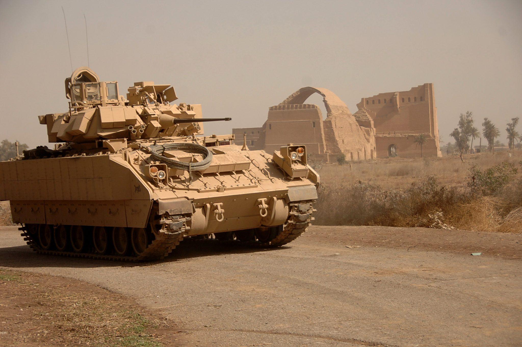 صورة احتدام الصراع في سوريا.. الجيش الأمريكي يتحرك للجم نظيره الروسي- شاهد