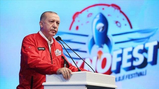 صورة بعد الطائرات المسيرة.. أردوغان يسدل الستار عن السيارات الطائرة