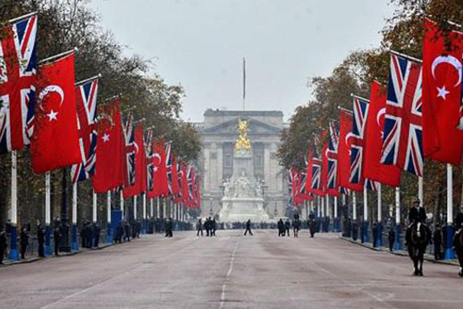 صورة بريطانيا وتركيا.. علاقات متينة تطرق أبواب التحالف الكبير