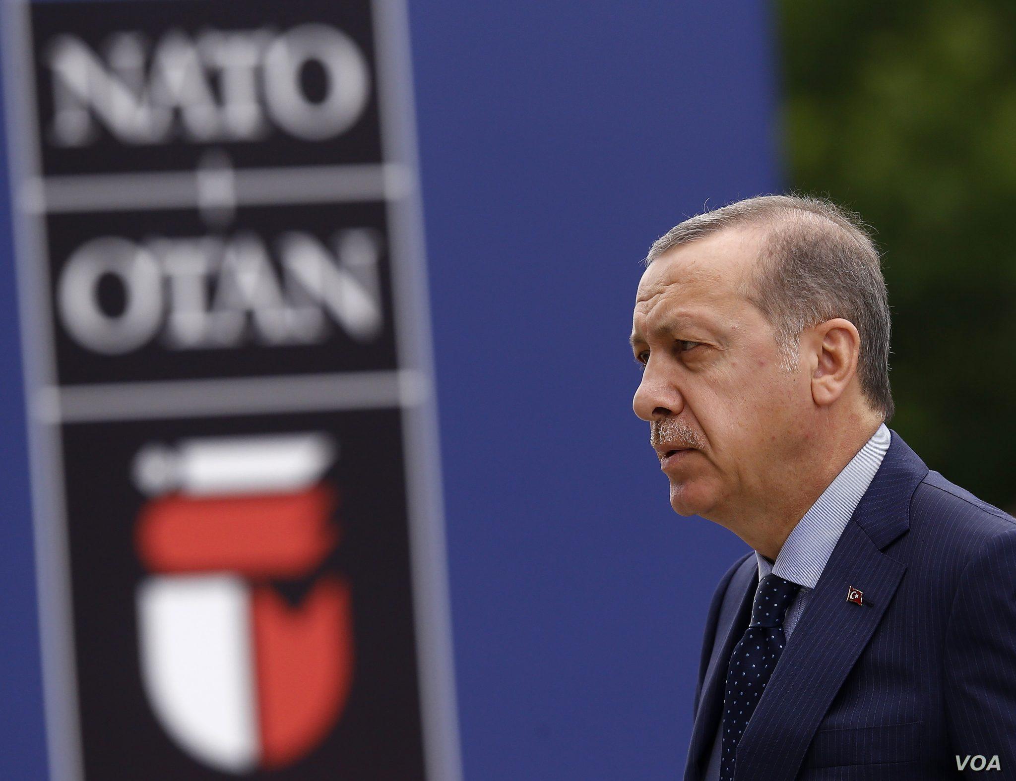 صورة رسالة من الرئيس التركي