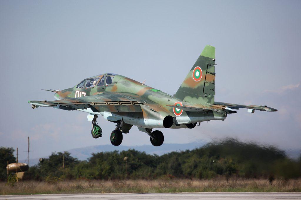 صورة تعتبر فخر الصناعة الروسية.. اسقاط طائرتي سو- 25