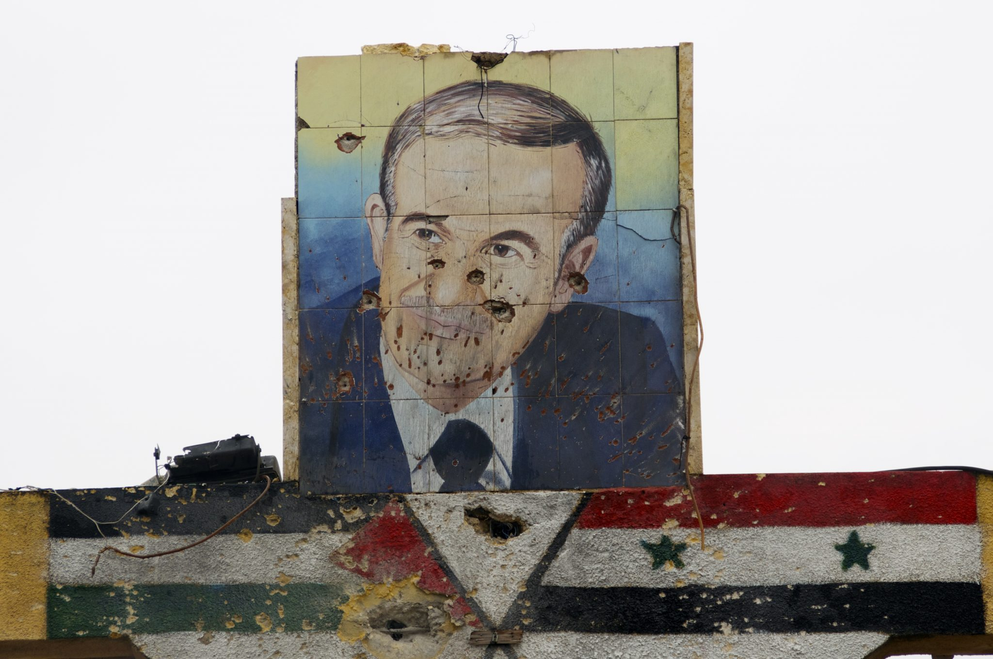 صورة معلومات مخفية: كواليس تسلم بشار الأسد الحكم وقصة مـ.ـوت حافظ الحقيقية